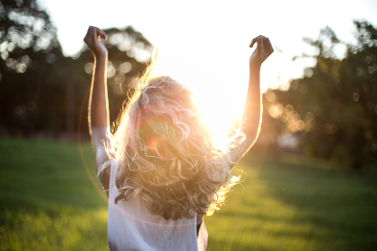 woman,  sunshine,   happy,  field,   park,   trees,   nature,   people,   blonde hair,   hair,   blonde,   female,   arms,   free
