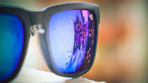 glasses, sunglasses, colorized, water, droplets, closeup