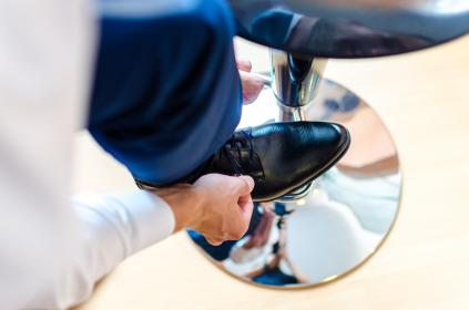 shoes, shoelace, floor, black, leather, wood, shiny, tie, reflection, chair, formal, tuxedo