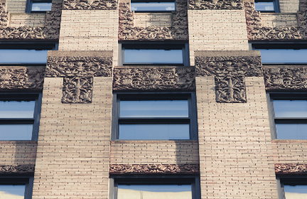 building,   ornate,   detail,   windows,   brick,   sculpture,   city,   exterior,   glass,   architecture,   stone,   urban,  pattern