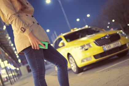 free photo of waiting  taxi