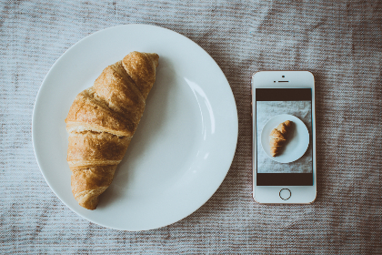 fresh,  baked,  croissant,  bakery,  baking,  plate,  white,  camera,  phone,  iphone,  photo,  selfie,  zoom,  lens
