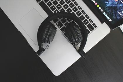 headphones, audio, macbook, laptop, computer, technology, objects, devices