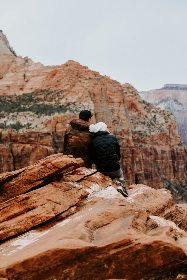 man,  woman,  cuddle,  snuggle,  mountain,  canyon,  red,  happy,  view,  vista,  love,  romantic