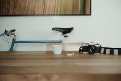 camera, black, photography, bike, cup, coffee, mobile, phone, table, indoor