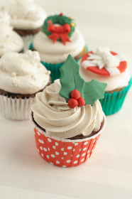 free photo of holiday   cupcakes
