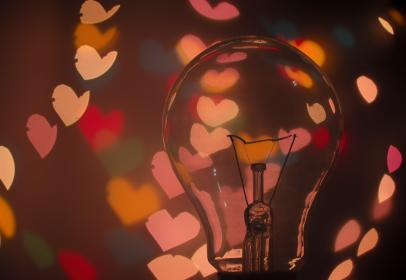light bulb, hearts, bokeh, blurry, lights