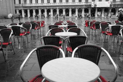 restaurant, tables, chairs, terrace, patio, red, black and white, Piazza San Marco, Venice, Italy