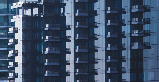 glass,   wall,   building,   architecture,   city,   modern,   business,   exterior,   windows,   reflection,   design,  apartments,  pattern,  balcony, urban