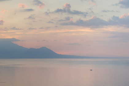 ocean,  sunset,  hills,  mountains,  sky,  clouds,  calm,  reflection,  pastel,  landscape,  waterscape,  still,  dusk,  water,  sun,  boat