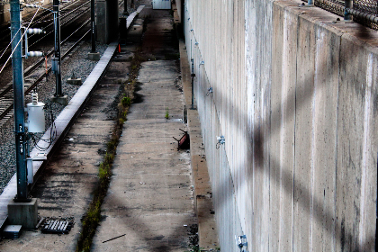 city,  rail,  tracks,  fence,  dirty,  urban,  railroad,  railway,  train,  inner city,  transport,  public,  alley,  concrete,  wall,  electricity, grunge