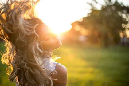 woman,  blonde hair,  park,  wave,  shake,  field,   park,   trees,   nature,   people,   hair,   blonde,   female,   arms,   free,  sun,  sunshine,  hd