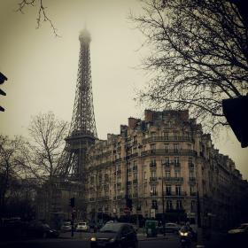 eiffeltower buildings