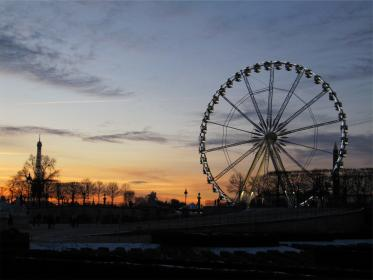 ferriswheel sunset