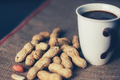 peanuts coffee