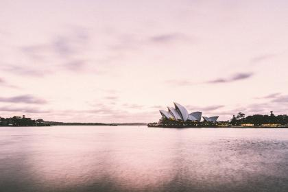 Photo of sydneyoperahouse