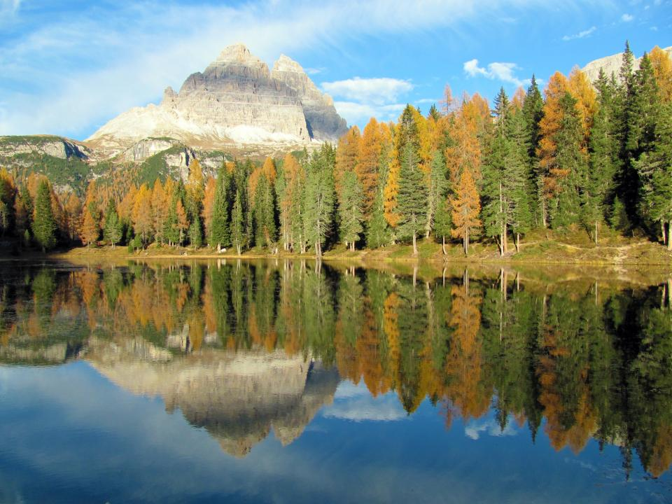 mountain landscape trees forest nature autumn lake water reflection sky clouds sunlight sunny