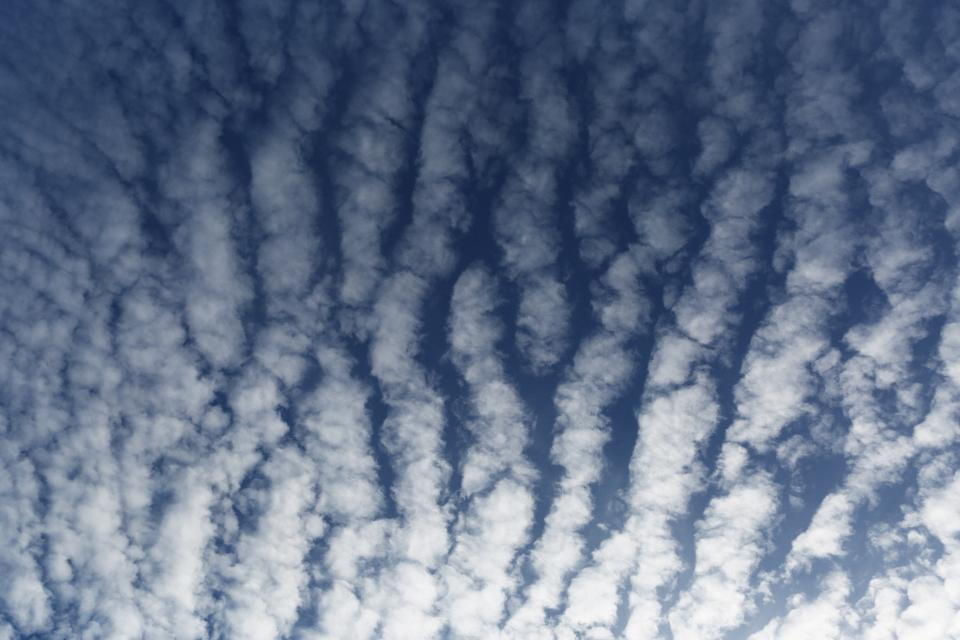 blue sky clouds pattern