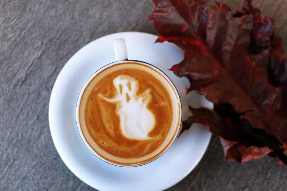 cup saucer coffee art latte froth halloween leaf autumn