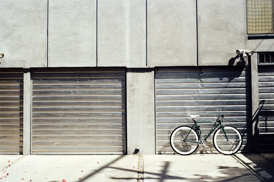 garage door concrete bike bicycle