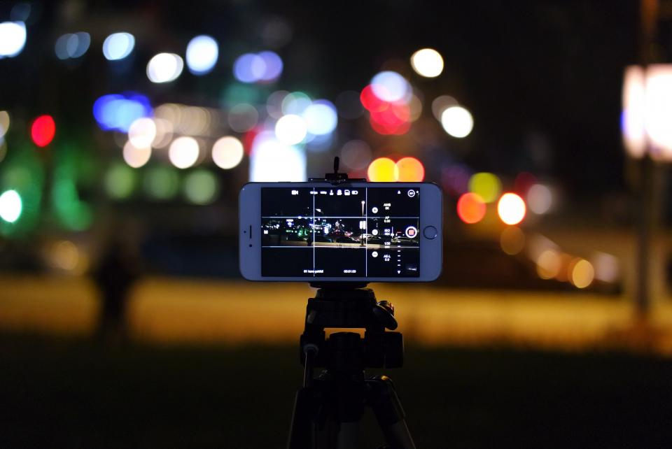 phone cellphone people photography iphone apple photo picture bokeh light tripod