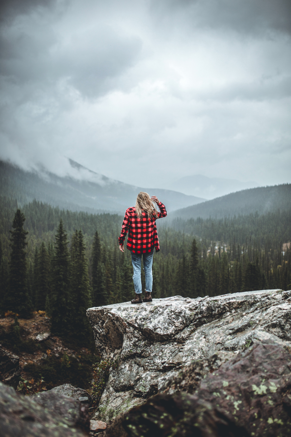 standing girl woman blonde flannel hipster mountains nature trees forest mountain cloudy earth explore free freedom exploring adventuring adventure explorer
