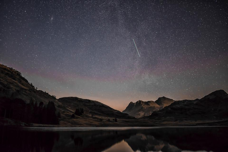 dark night nature landscape star stargazing astrophotography travel adventure shooting star