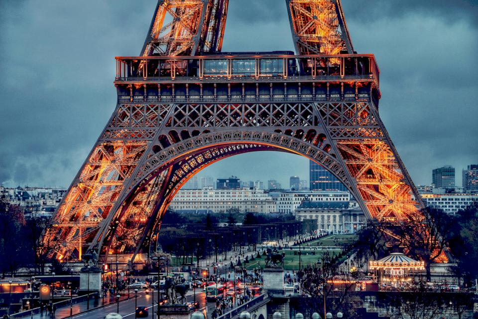 places landmark architecture structure paris europe eiffel tower