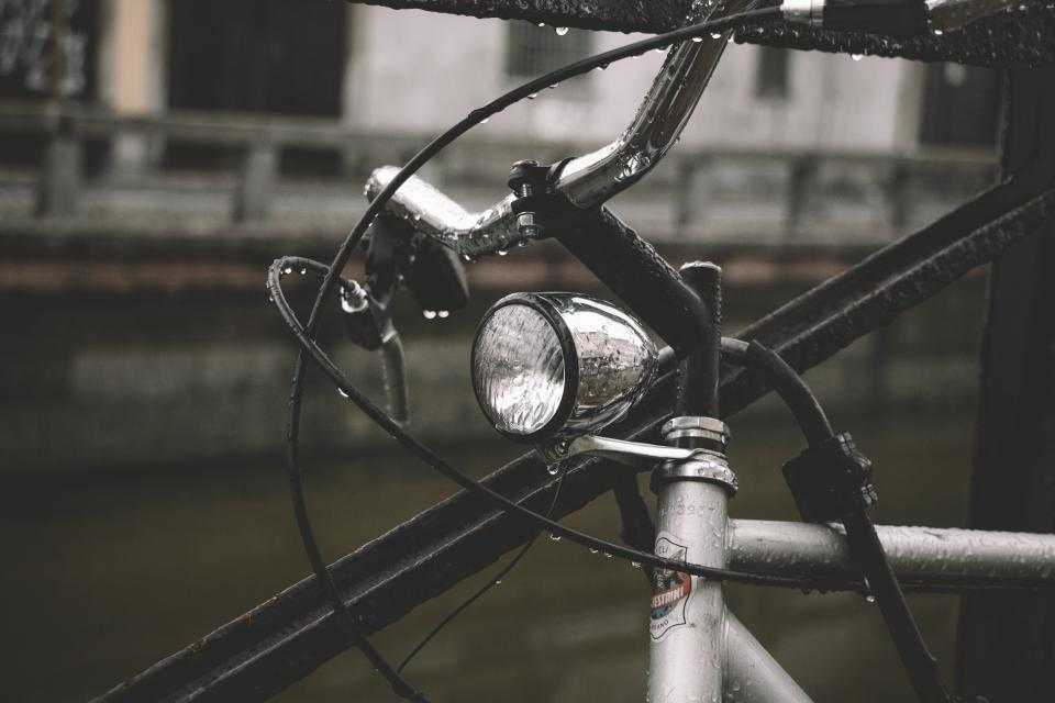 bike bicycle light travel wet rain outdoor