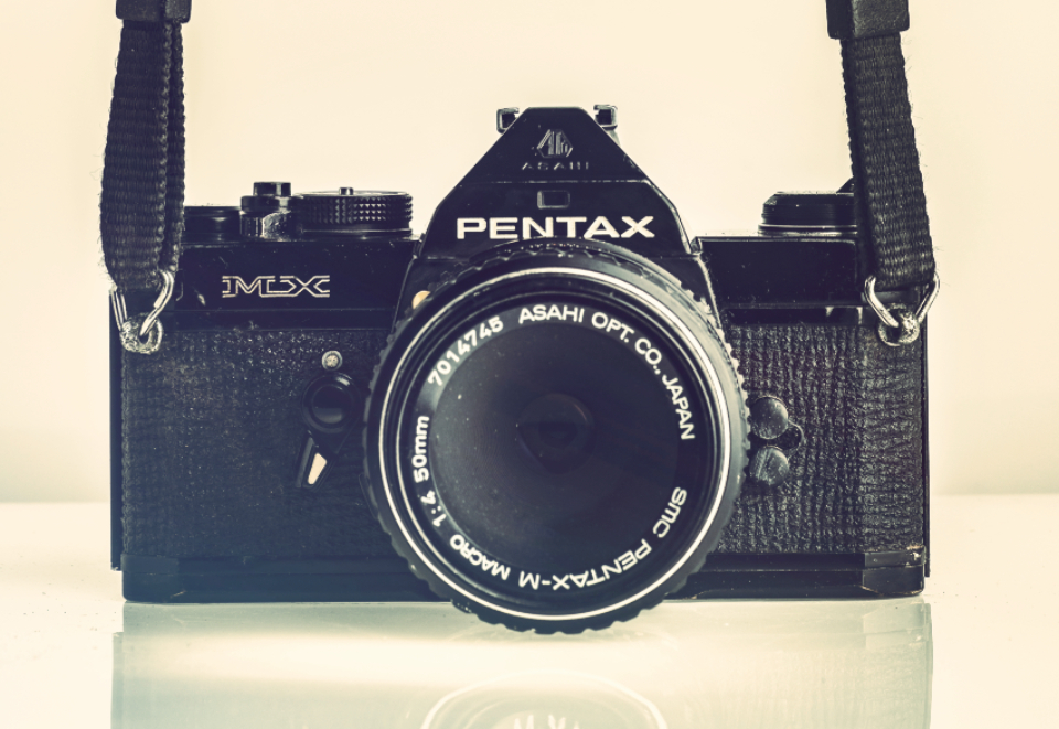 pentax analogue camera vintage antique close-up aperture black technology device equipment photograph photographer reflection retro sepia lens