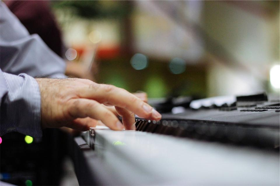 piano keyboard musical instrument musician hands entertainment