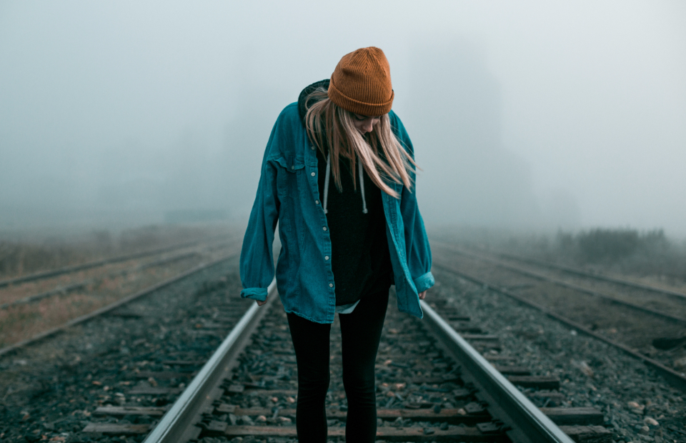 girl blonde woman cute pretty train trains train tracks tracks hipster foggy fog mood quiet peaceful beanie