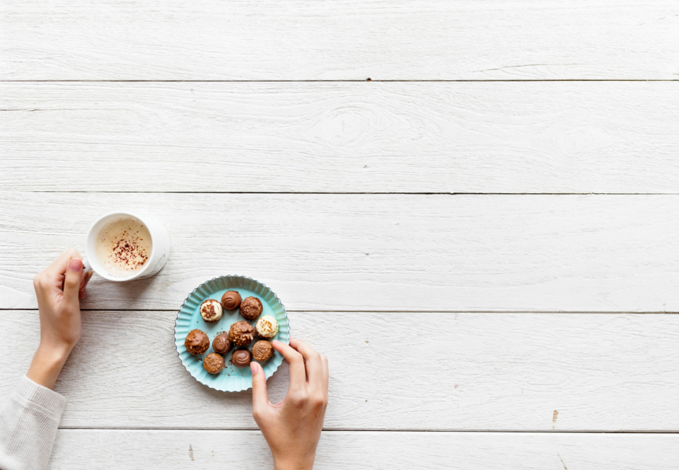aerial background beverage break chocolate copy space cozy cup daily design space drink eating enjoying flat lay flatlay hand hot chocolate hot drink lifestyle morning mug person refreshing relax routine snack sweet tea wallpaper