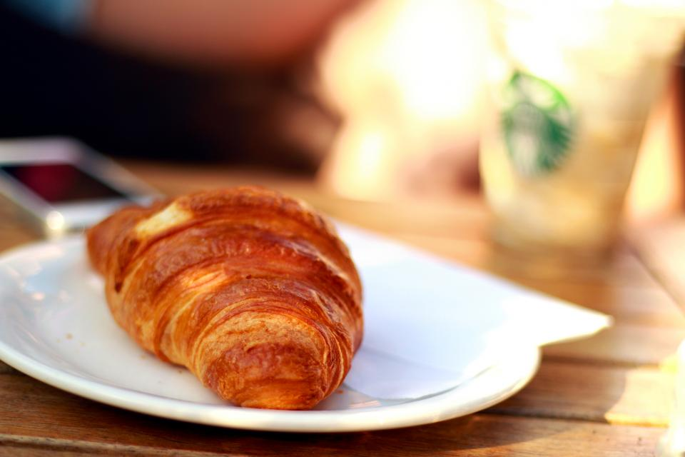 croissant pastry breakfast food plate