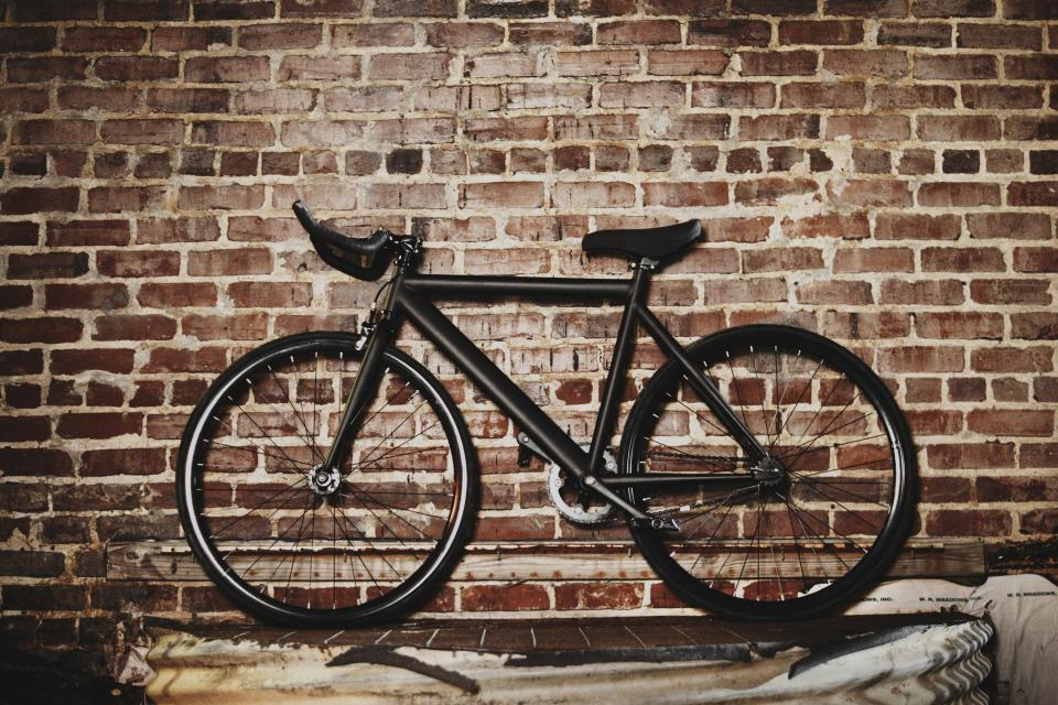 bicycle bike wall bricks fixed gear black street