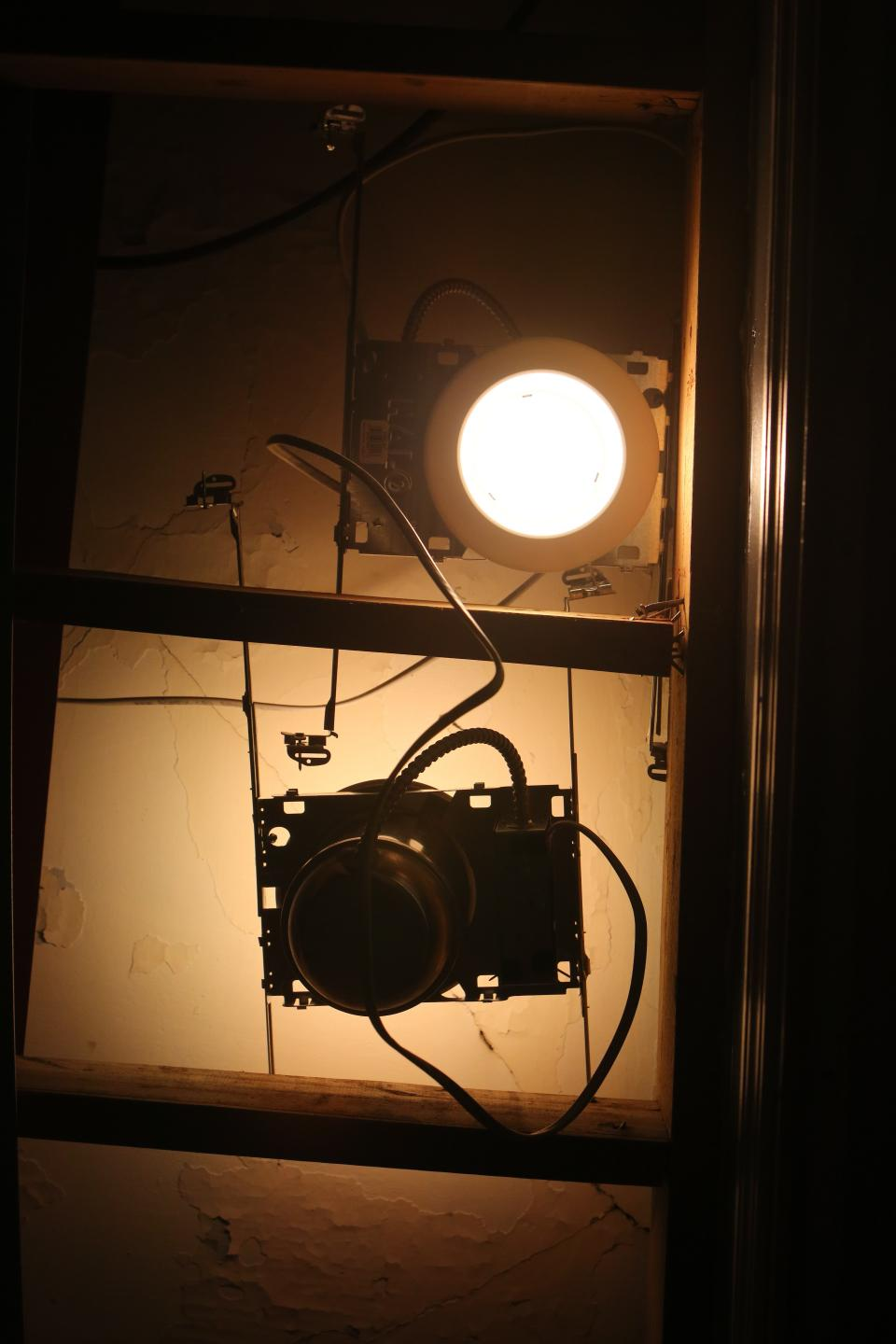 camera lighting lights vintage photoshoot equipment parts