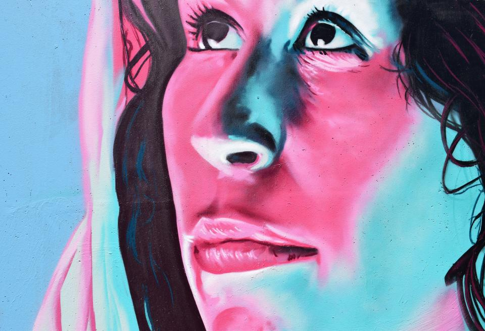 wall art mural painting graffiti woman face