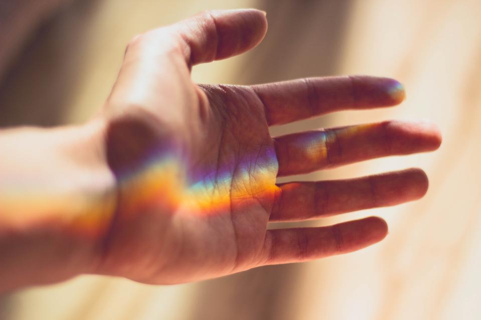 hand light sunlight rainbow