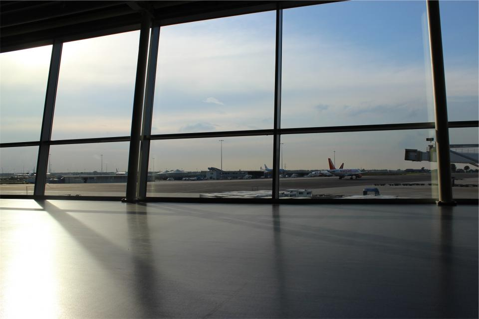 airport airplanes travel transportation windows