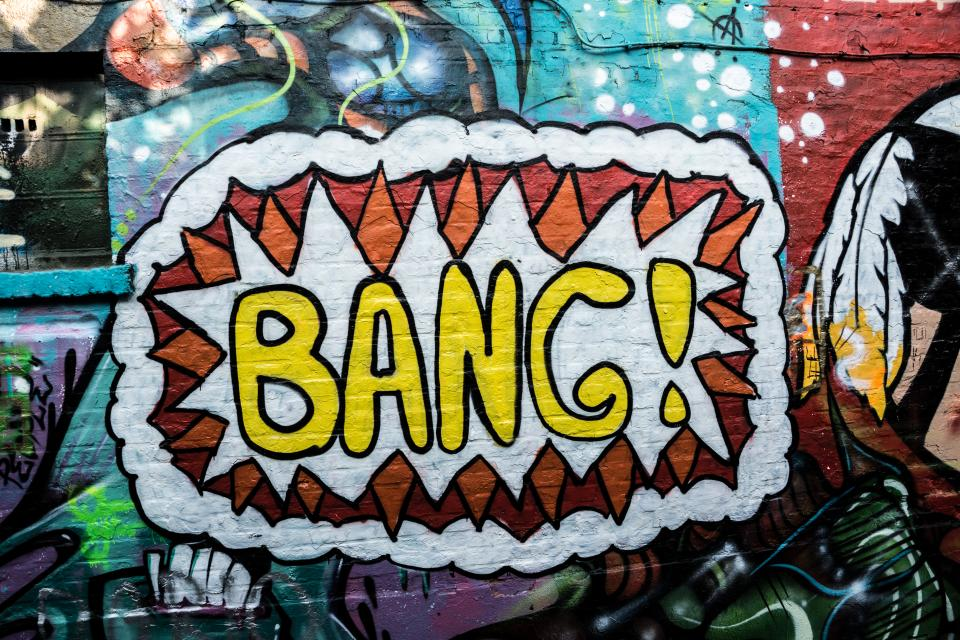 graffiti mural spray paint bang