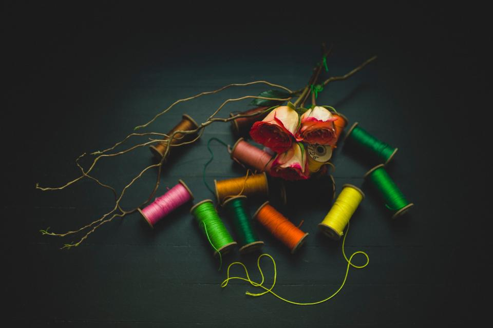 decoration roses colors green yellow pink orange thread