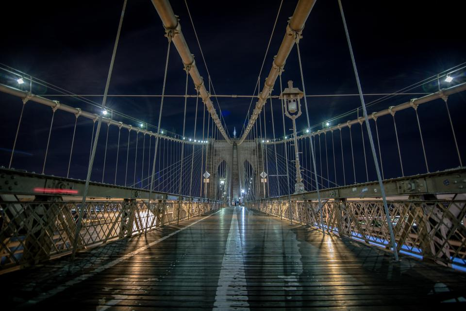 Brooklyn bridge architecture city night dark lights lamp post ropes