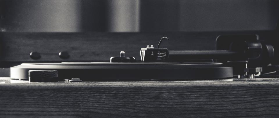 turntable record vinyl needle tonearm music musical instrument