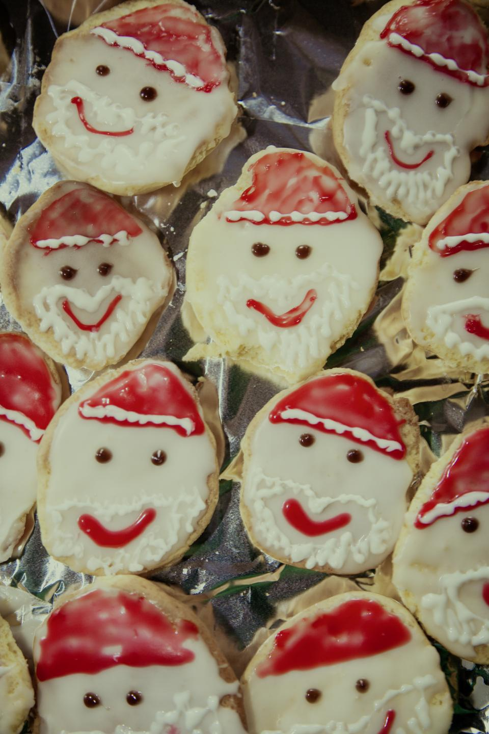 cookies food sweets desserts snack pastry face design art christmas day