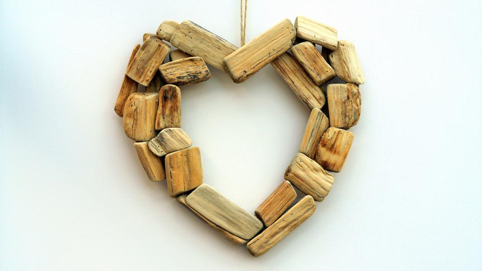 arts crafts design wood heart ornament decorate