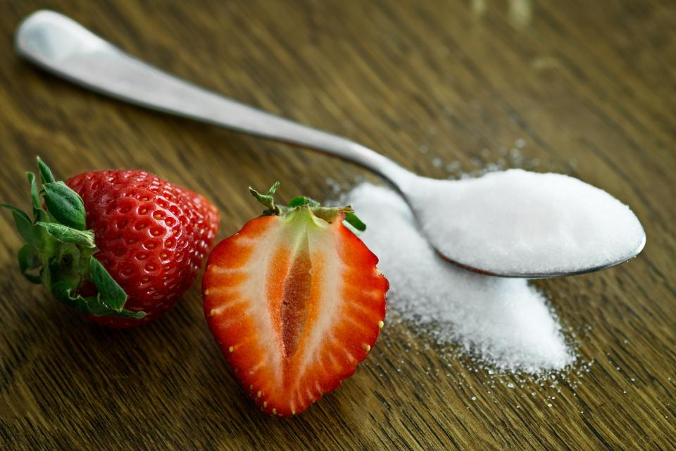 red fruit strawberry desserts food fresh health spoon white sugar powder