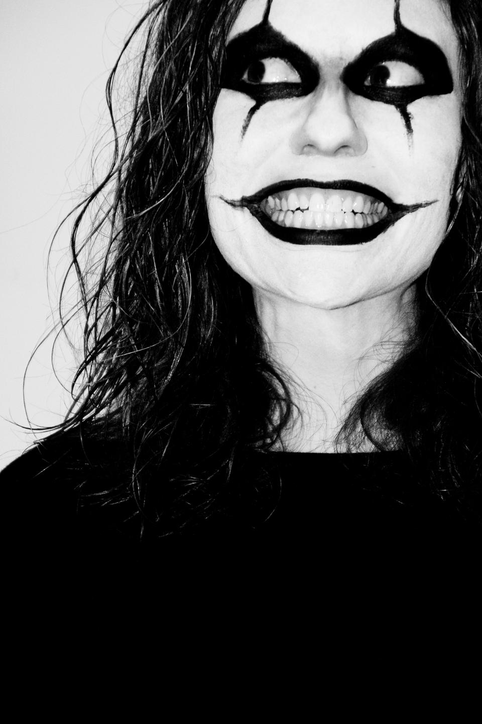 makeup face paint halloween eyes smile lipstick long hair