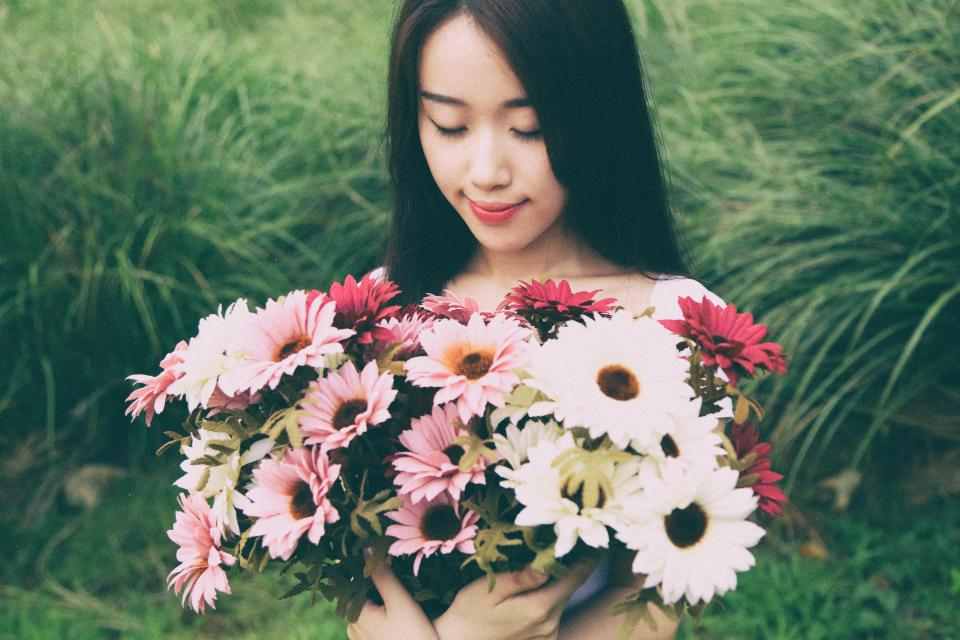 flower white petal bloom garden plant nature autumn fall pink people woman grass green plant nature red asian