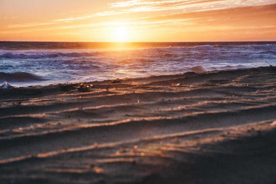sea ocean water waves nature beach shore sunset sunrise sunlight sky clouds horizon