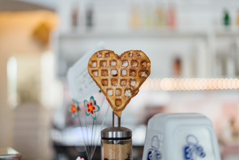 heart waffle breakfast food love